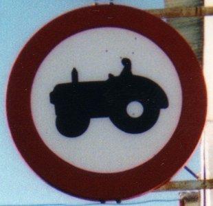 Tractor in Periana