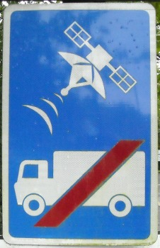 Lorries banned from Usk