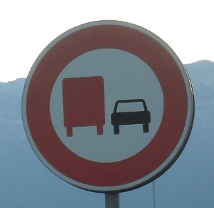 French lorry No-overtaking I